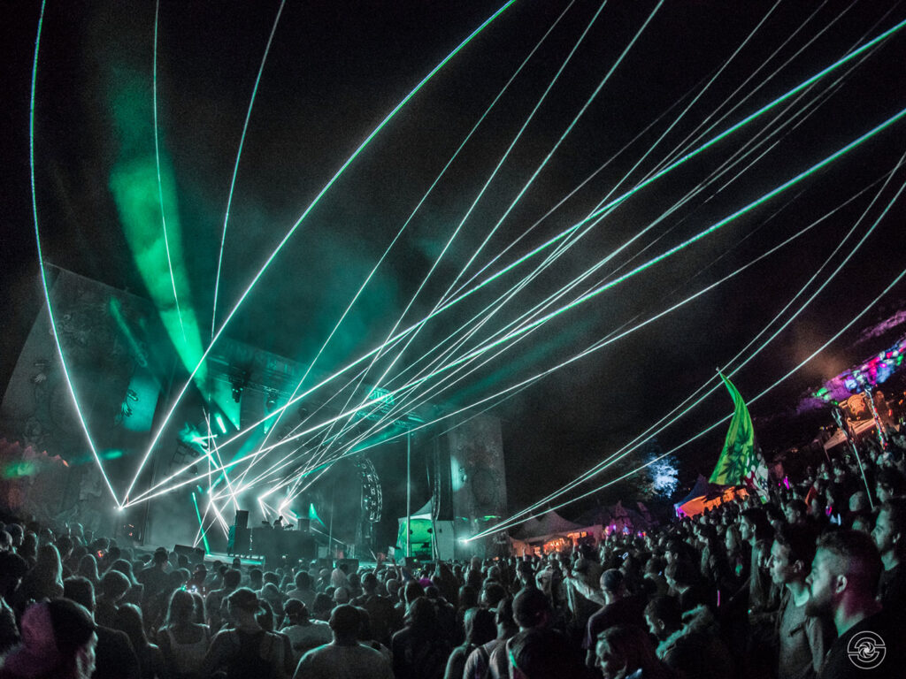 2018 crowd shot with lasers by Silky Shots